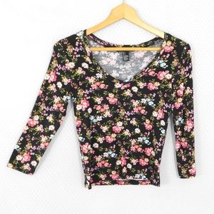 ❤️ SALE Forever 21 Black and Pink Floral Top